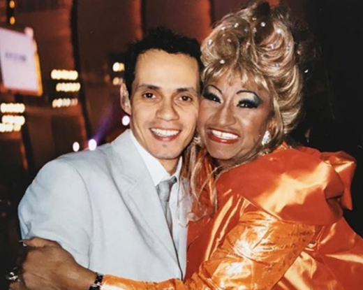 Marc Anthony junto a Celia Cruz
