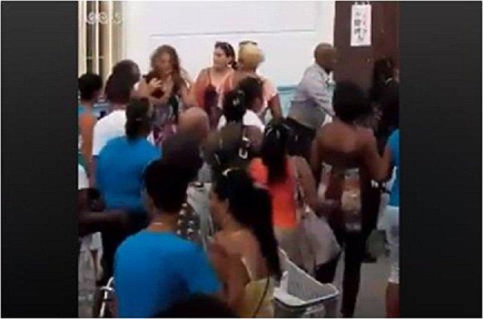 La pelea entre cubanas en una venta de productos de limpieza en la Isla