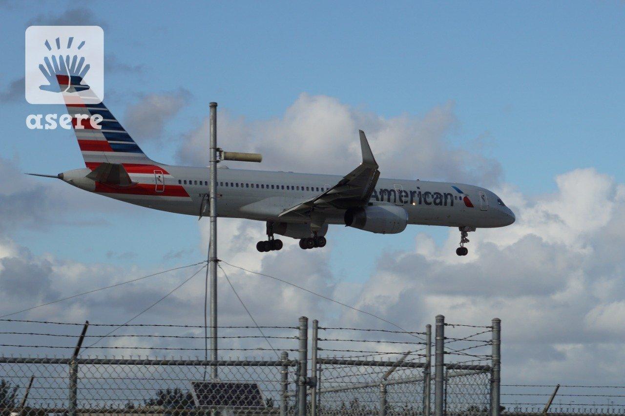 American Airlines suspende operaciones desde el JFK por trabajador con coronavirus