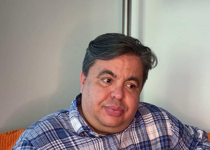 presentador y humorista cubano José Carlucho