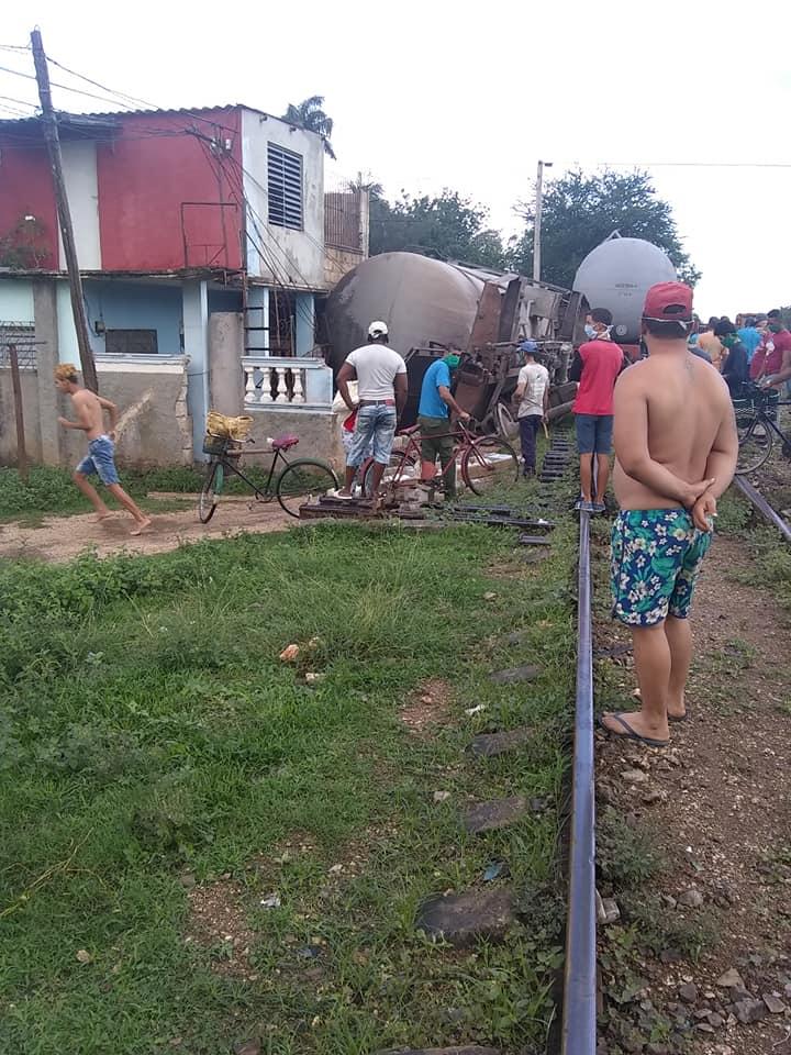 Se descarrila tren en la Piñera, provincia de Ciego de Ávila