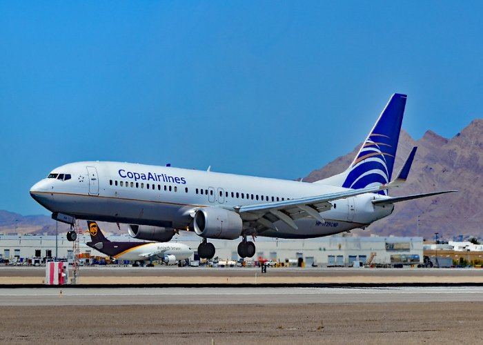 Copa Airlines 2012 Boeing 737-8V3