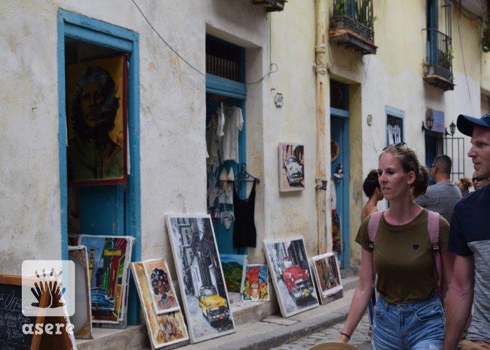 Turistas en La Habana Vieja
