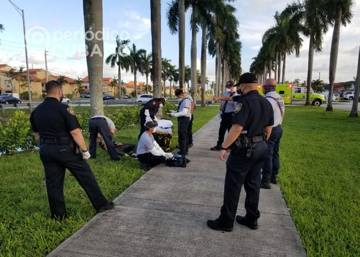 Cubano salva a joven epiléptico que cayó en el canal de Hialeah Gardens