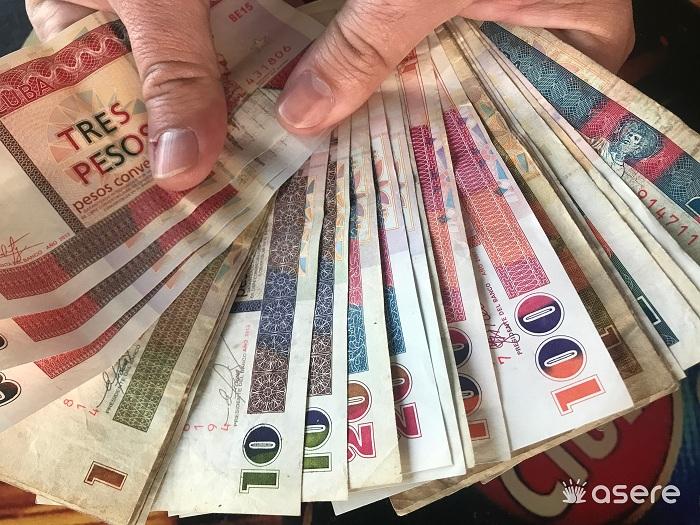 Cuentas en CUC se pondrán cambian a dólares o euros: Condiciones y plazos