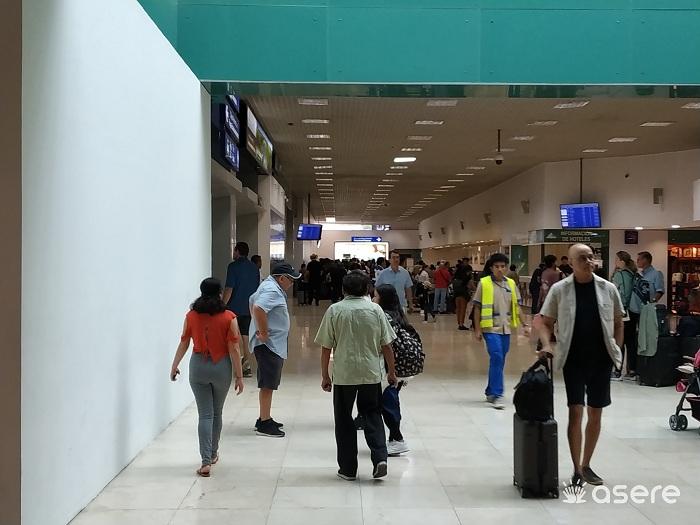 Migrantes cubanos protestan para exigir visa humanitaria en México